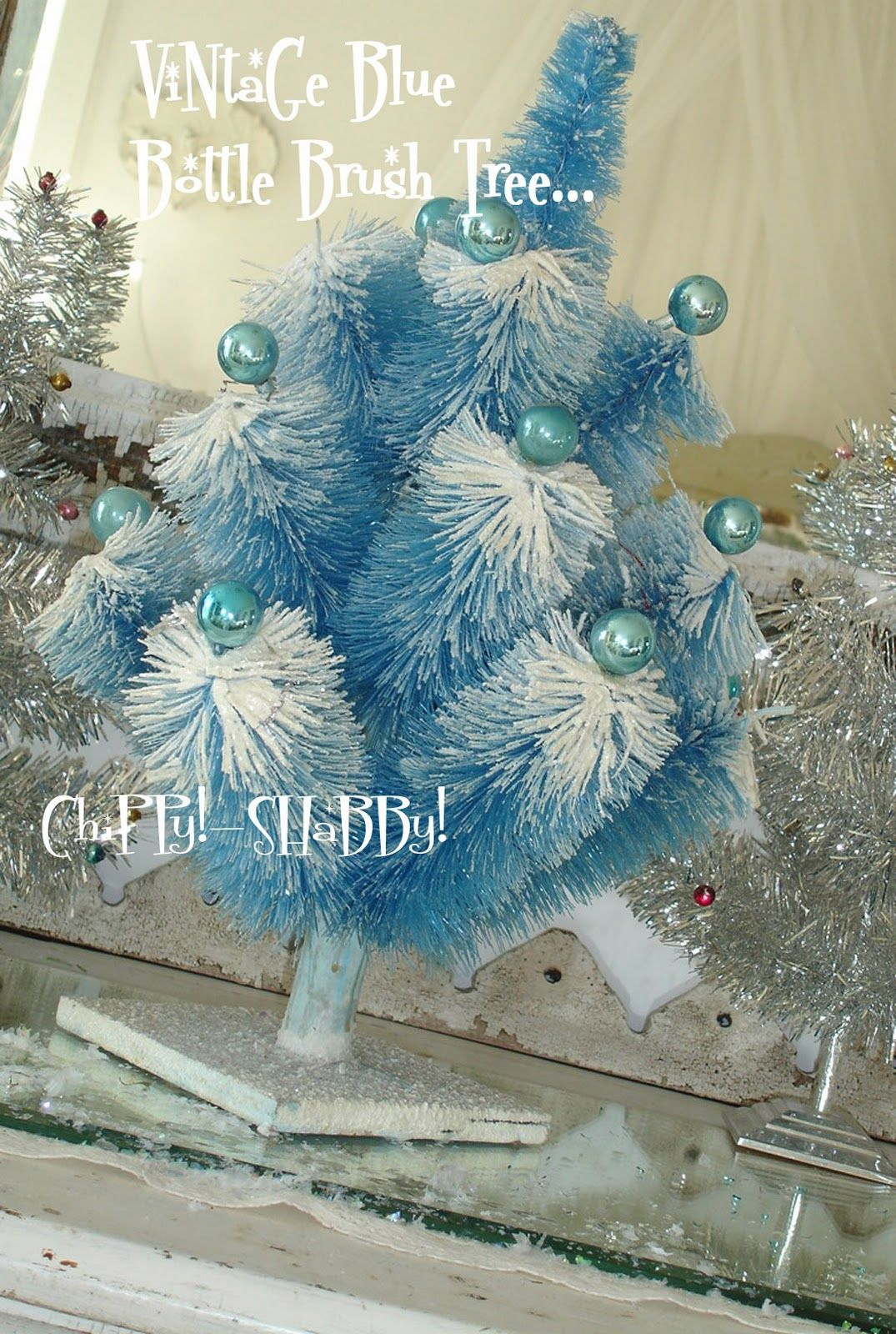 Time To Think Vintage Christmas Chippy Shabby Style Vintage Christmas Vintage Holiday Decor Christmas Romance