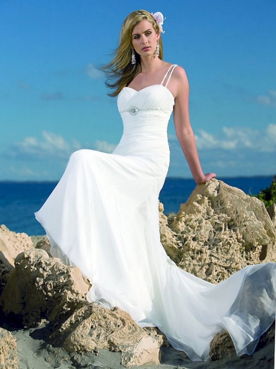 Cool 17 Best And Incredible Beach Wedding Dress Style