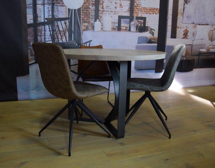 Ronde Tafel Industrieel : Industriële ronde tafel met industriële eetkamerstoelen