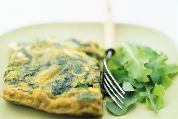 Whats the Healthiest Breakfast? Heres What the Experts Say  by Alexandra Sifferlin, healthland.time.com: Suggestions include:   Veggie Omelet with Berries, Oats with Milk, Sprouted Grain Toast with Almond Butter, Fresh Fruit and a Glass..