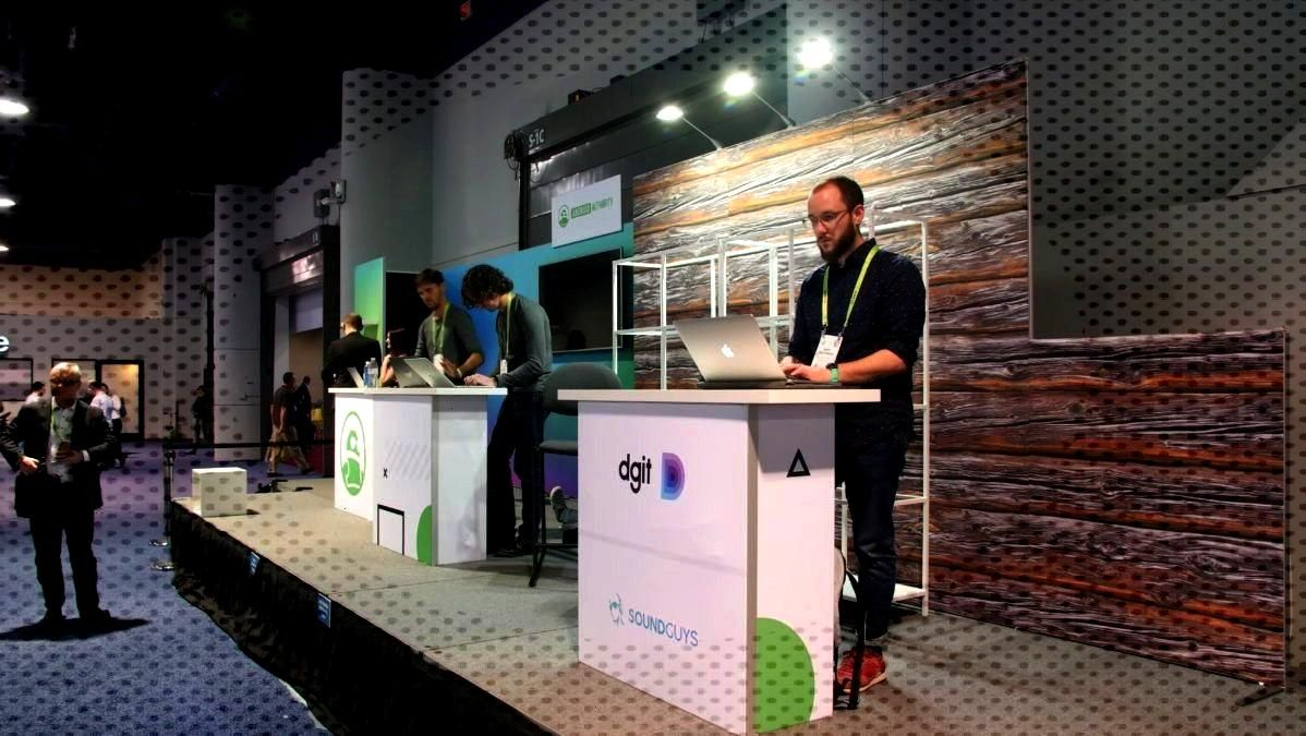 Authority at CES 2020 Awards Broadcast Coverage -Android Authority at CES 2020 Awards Broadcast C