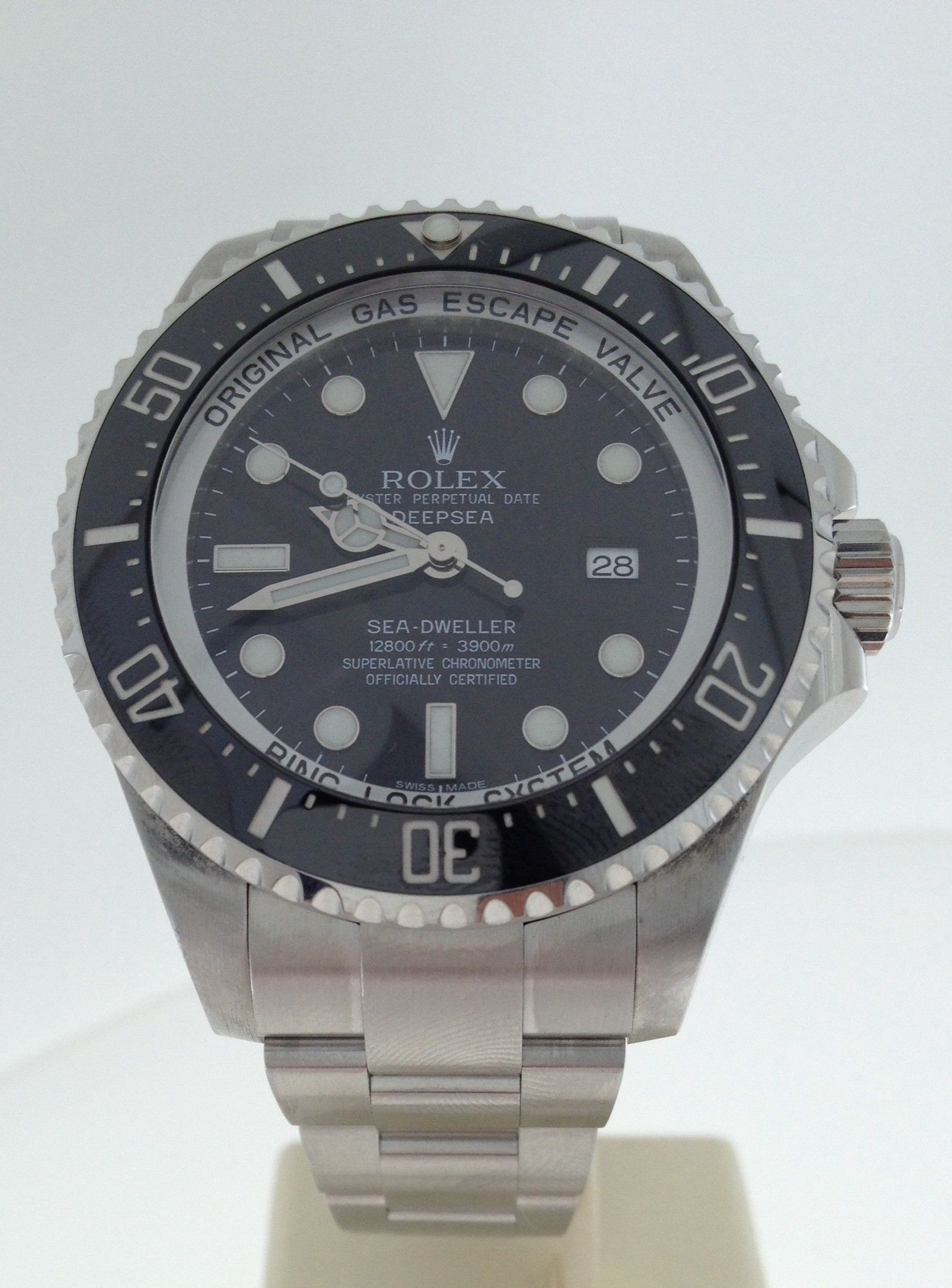 Pre Owned Gents Rolex Deepsea Seadweller Https Johnsonsjewellers Co Uk Watches Pre Owned Gents Rolex Deepsea Seadw Rolex Rolex Watches For Men Rolex Watches