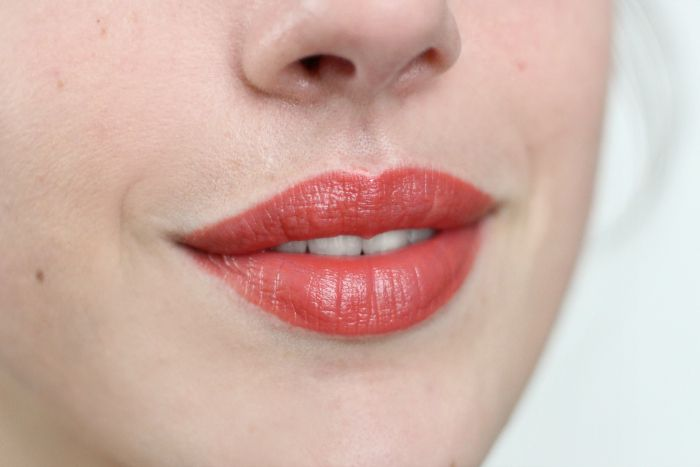 Astor 005 pretty poppy Lipcolor