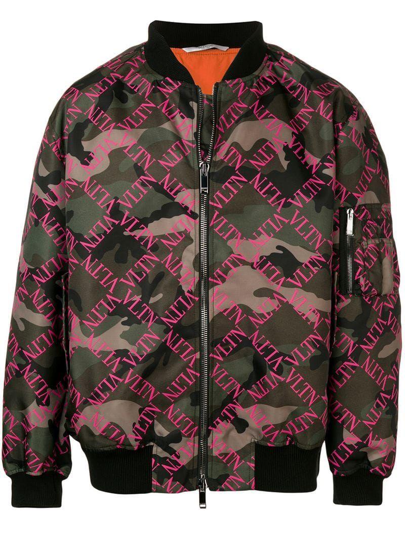Valentino Vltn Camouflage Bomber Farfetch Camouflage Bomber Jacket Men S Coats And Jackets Valentino Camouflage [ 1067 x 800 Pixel ]