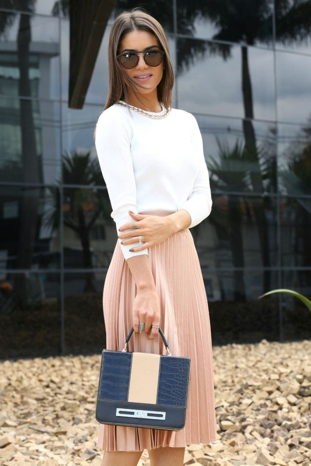 cd8bb5066 Camilla Coelho wearing pleated pink skirt by Zara and BCBG top with Le  Postiche bag and Jimmy Choo shoes.