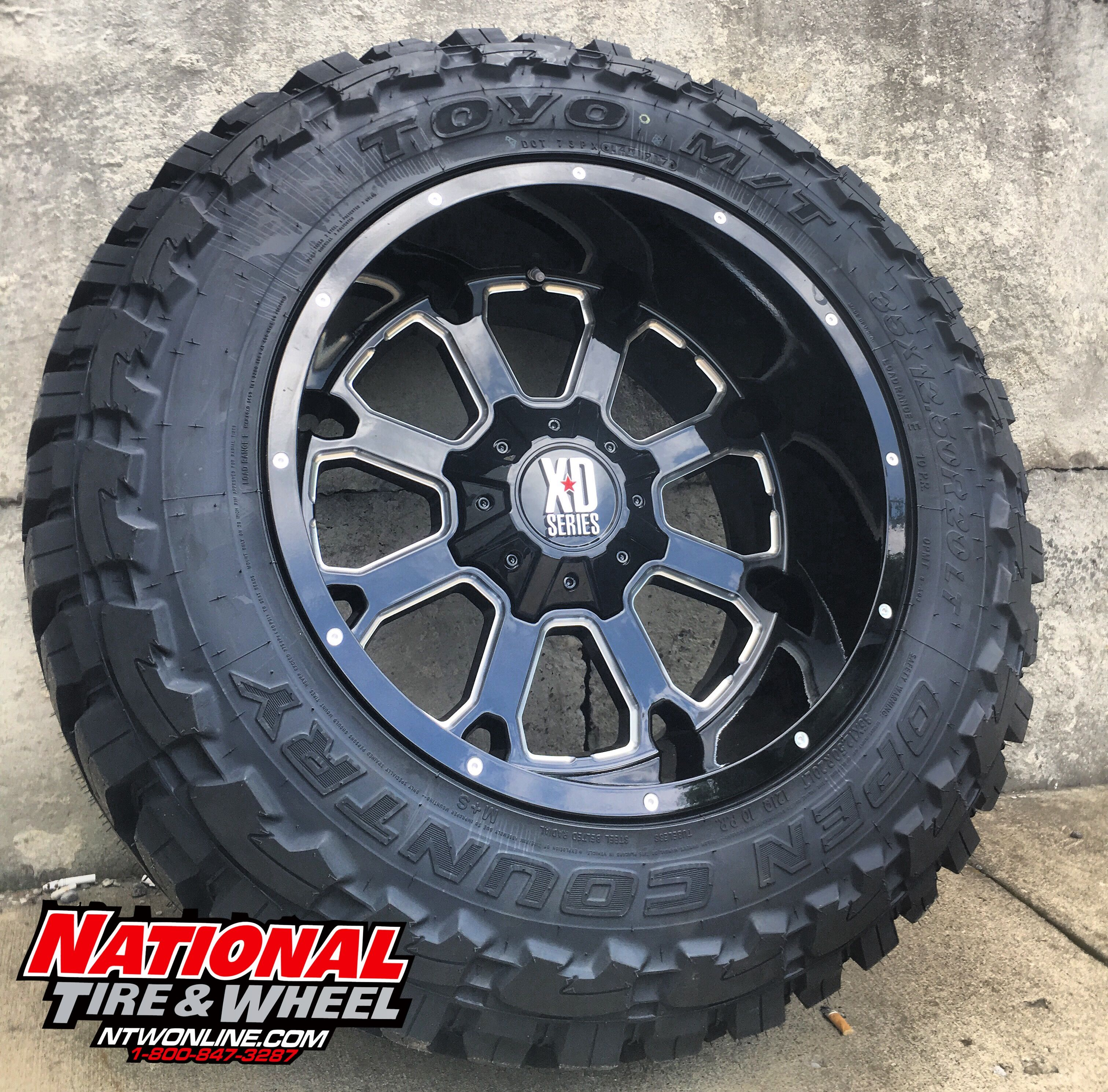 20X12 XD Series 825 Buck mounted up to a 35X12 50R20 Toyo Open