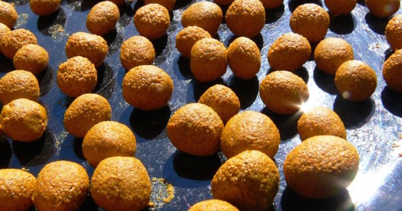 Potent DIY Turmeric Supplement Balls For Instant Anti-Inflammatory Relief - Juicing For Health