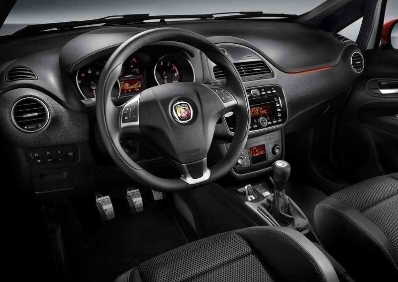Intérieur Fiat Punto Abarth ! Black & Red Touch ! #fiat #punto ...