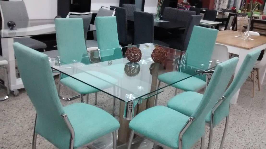 Mesa extensible vidrio y cromado con sillas cromadas de ...