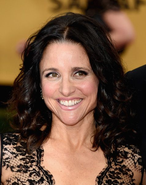 Julia Louis Dreyfus Photos Photos 21st Annual Screen Actors Guild Awards Arrivals Julia Louis Dreyfus Hair Styles Hairstyles With Bangs