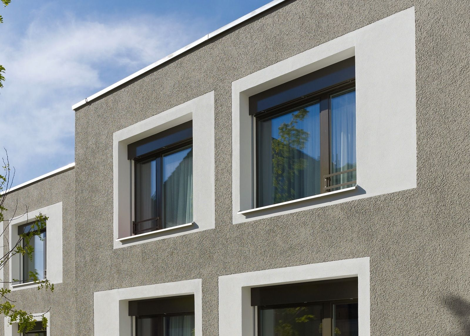 J rg zimmermann z rich pinteres for Stucco facade