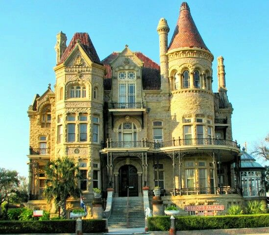 A Historical Home In Galveston, TX.