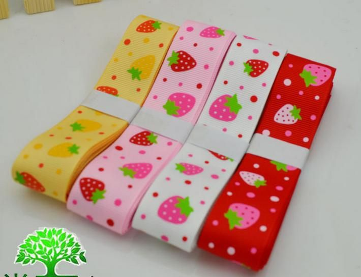 """Free shipping 1"""" (25mm) mixed Color Grosgrain Ribbon printed strawberry for hairbows 20m/lot 040054006 $10.99"""