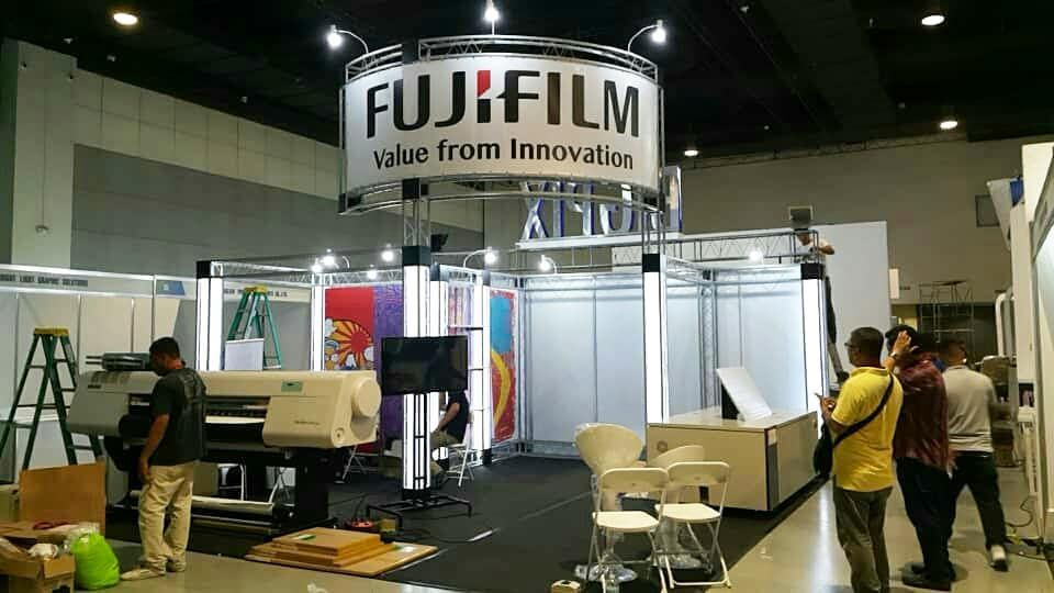 Exhibition Hall Booth : Fujifilm l print philippines 2018 l smx conversation center l