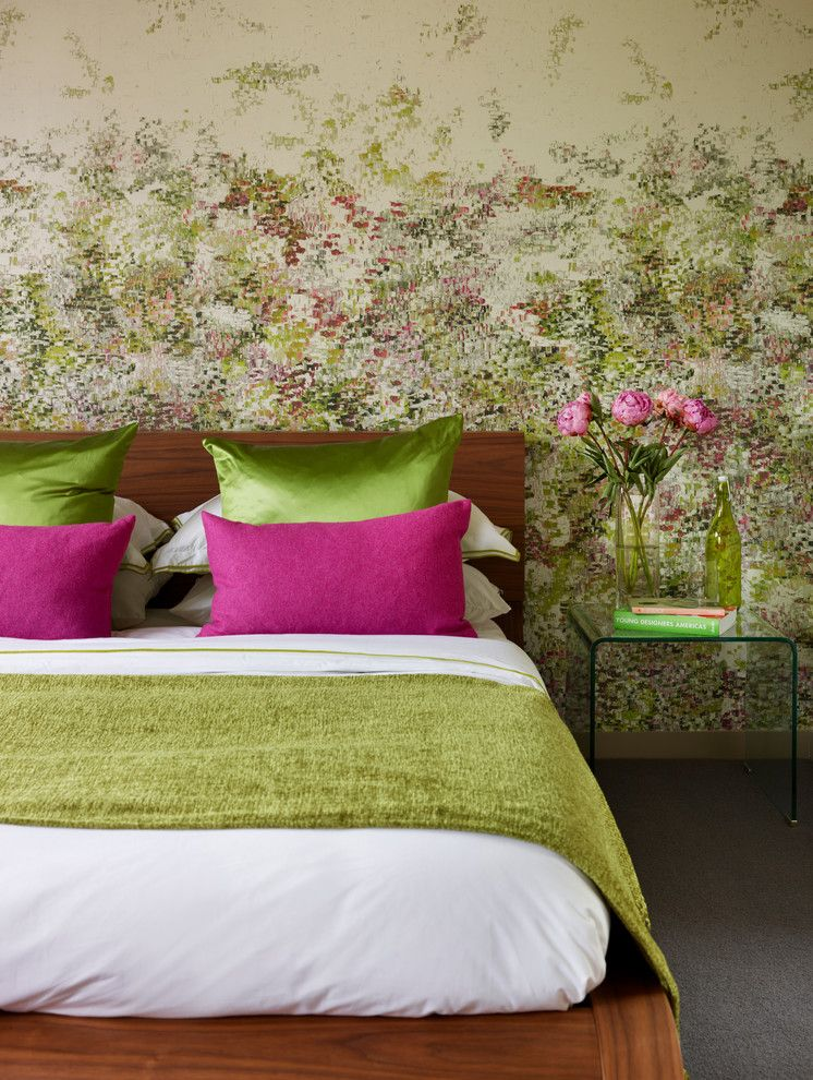 best colour combination for ur bedroom green rose color bed table ...
