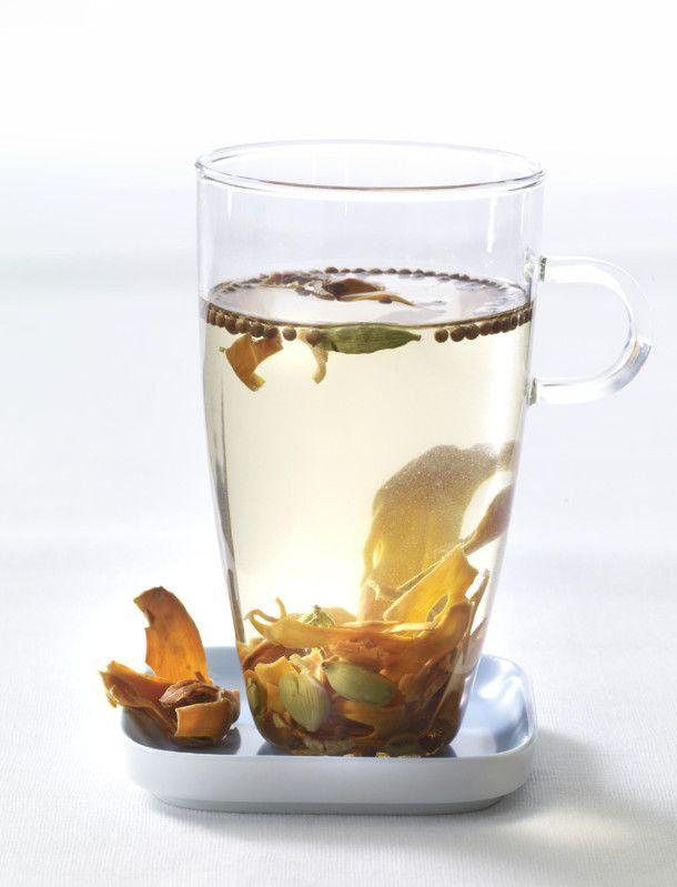 Gewurztee Mit Kardamon Koriander Muskat Schlank Tee Rezept Tee Rezepte Rezepte Und Leckere Rezepte