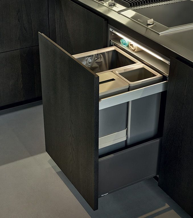 Nice tidy hidden bins and live the little shelf above for the bin