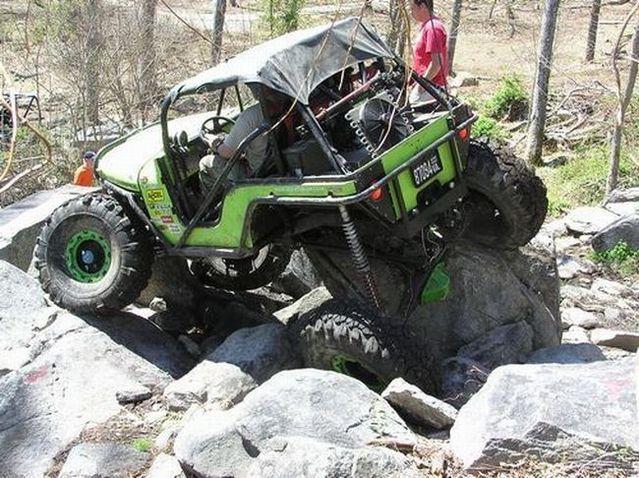 Ridiculous Flex Rock Crawler Monster Trucks Jeep