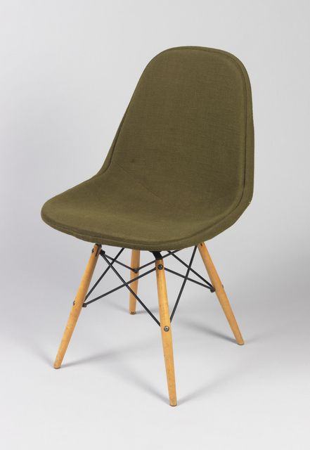 Swivel Chair, 1952 In The Smithsonian Cooper Hewitt Museum
