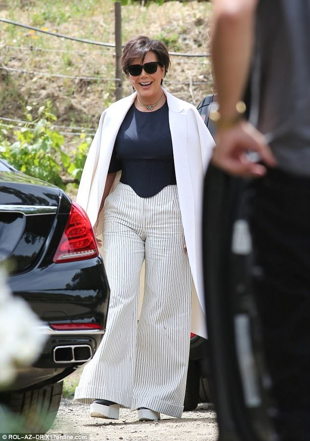 89392ae22a7 Khloe Kardashian shows off her long legs at a Malibu winery