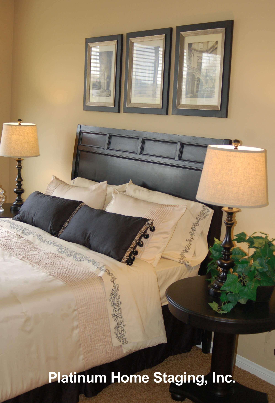 Do You Dream in Black & Cream? Renters decorating, Home