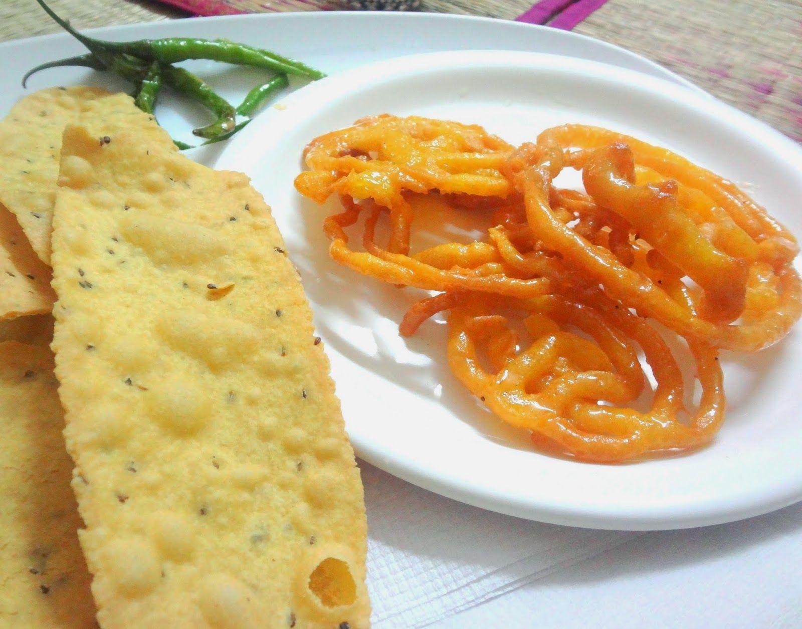 Fafda ( Gujarati Cuisine )