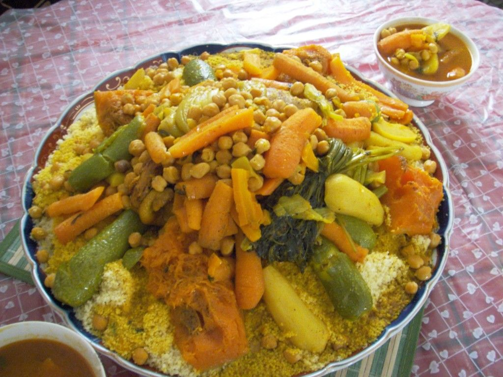 How To Make Morrocan Cous Cous Couscous Recipes Moroccan Couscous Tunisian Food