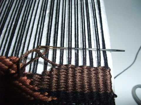 pin-loom4-vw