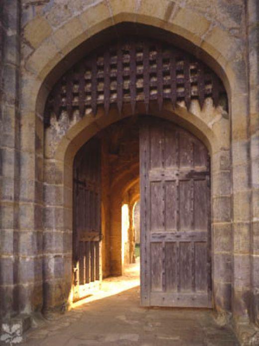 portcullis entrance & portcullis entrance | Building a Castle | Pinterest | Gate Castles ...
