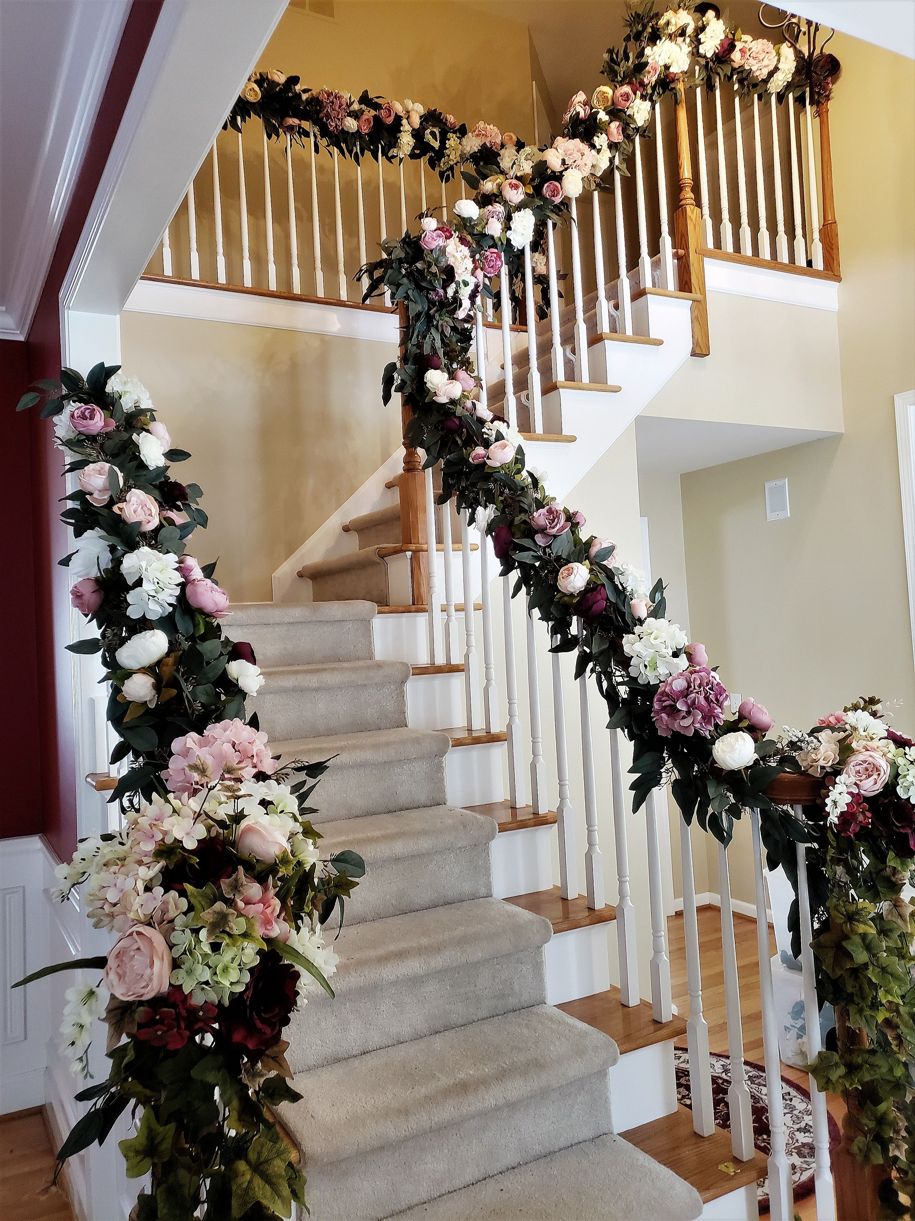 Staircase Decorating For Your Wedding