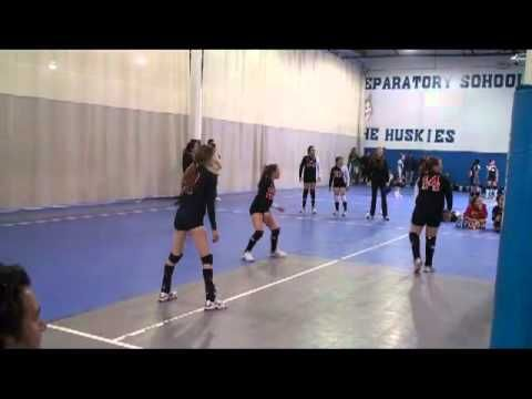 Girl Dives Over Bags To Set Volleyball California Heat Volleyball Club Dig Set Spike Volleyball Volleyball Clubs Volleyball Drills Volleyball