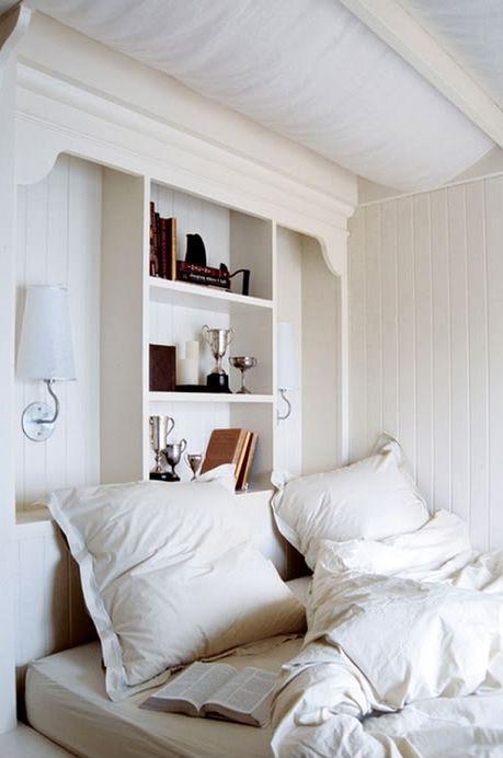 Coastal Style: White Washed Cottage