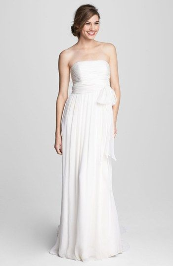 cd8fc5a1ee4 Jenny Yoo  Rowan  gown - easy and breezy for the beach! Seaside Wedding