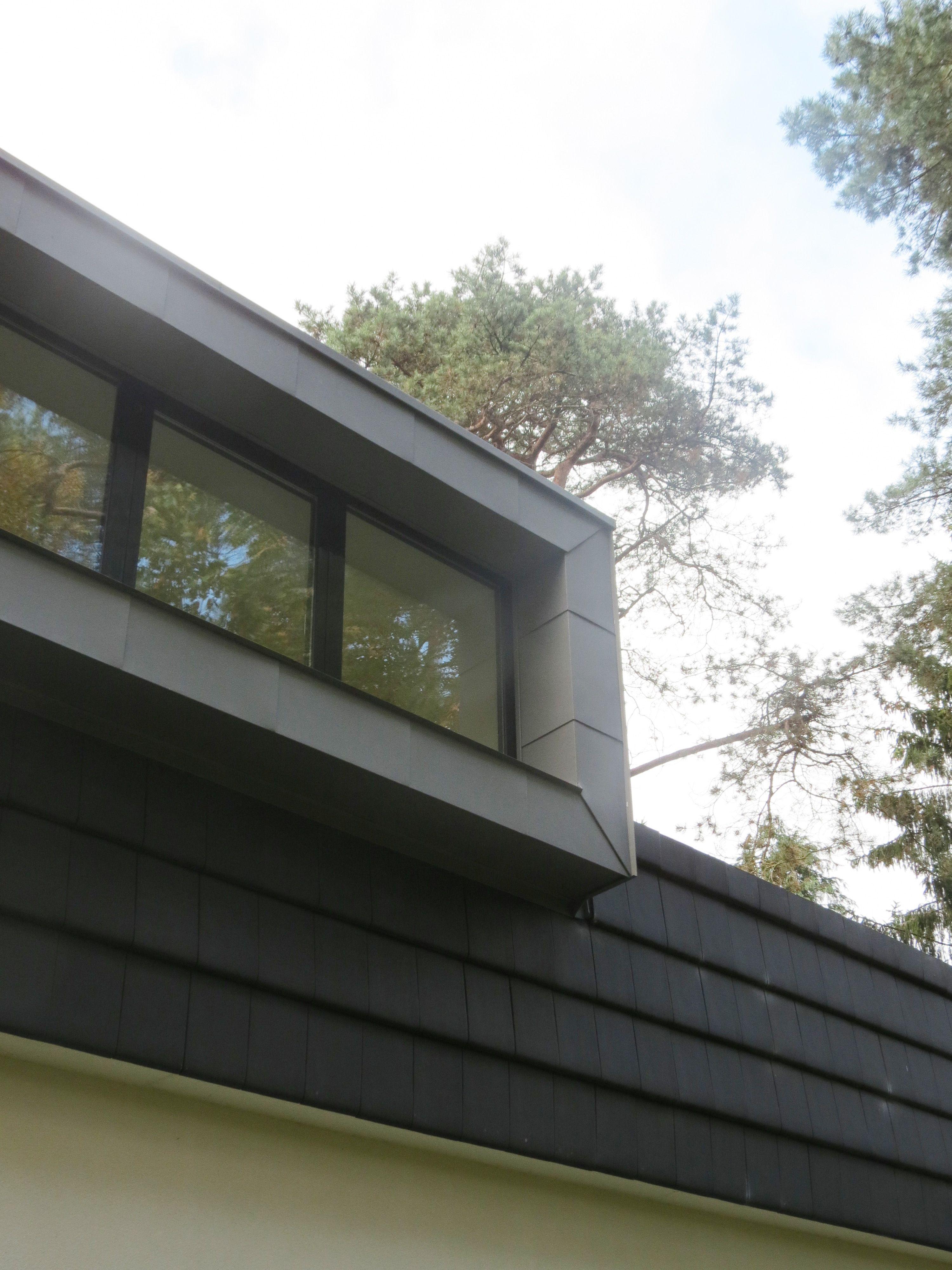 House White Stucco, Aluminum Frames, Zinc Coated Dormer Woning Wit