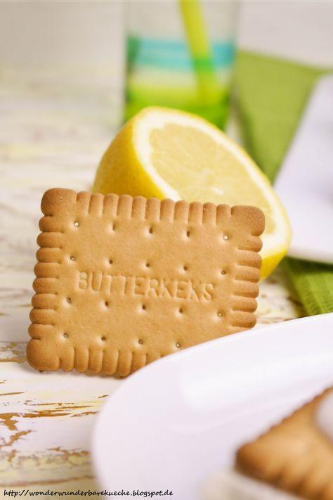 Zitronen Butterkeks Kuchen Vom Blech Schnitten Mit Vanillepudding