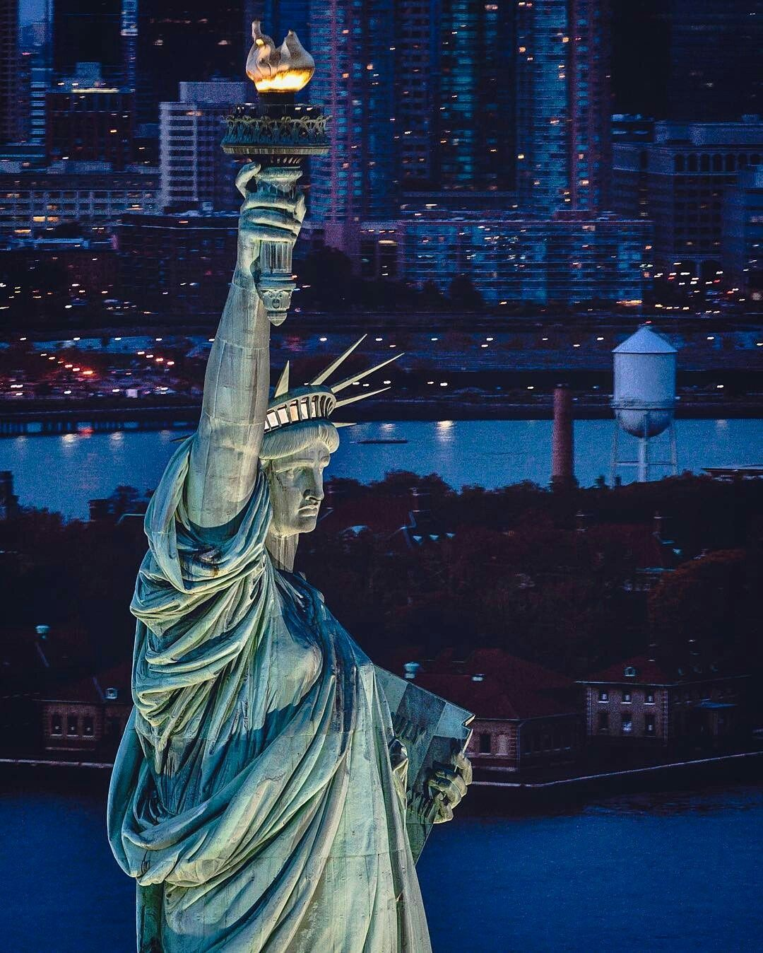 Statue Of Liberty By Paul Seibert In