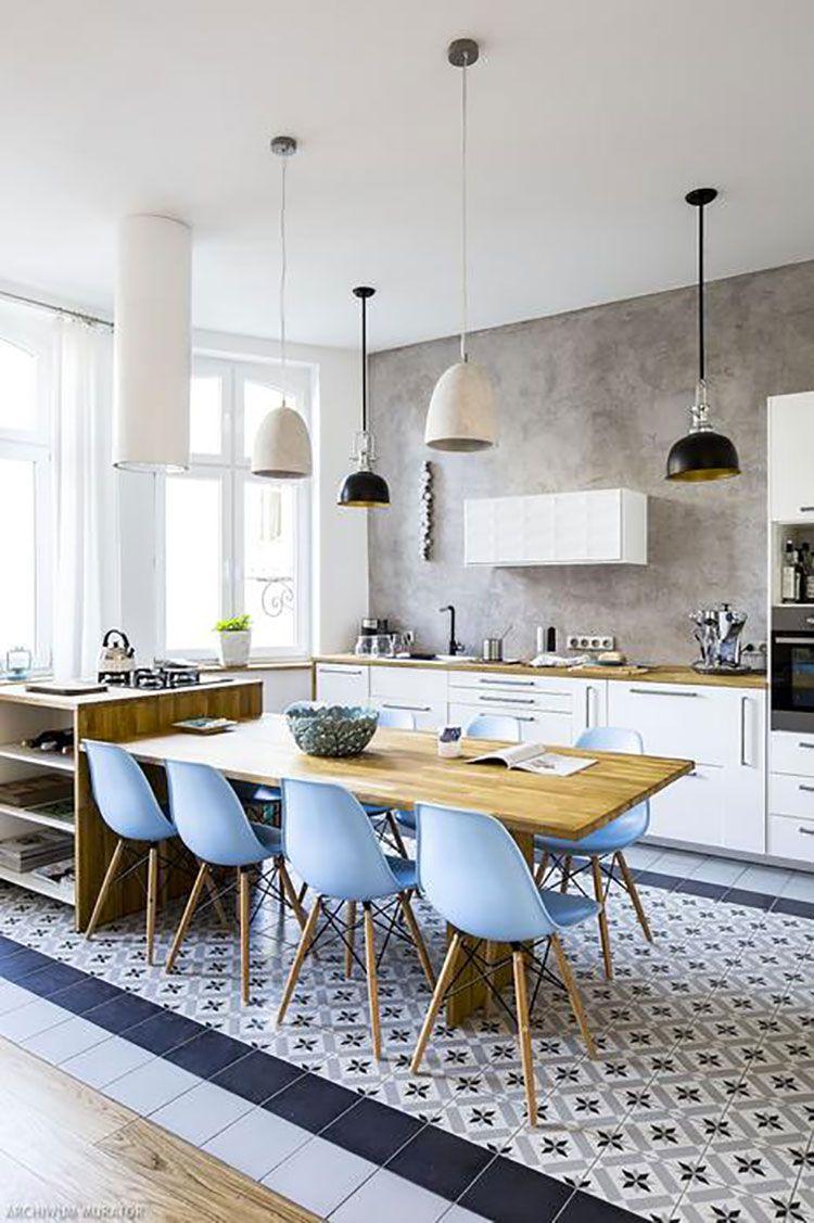 Idee Per Arredare Casa Al Mare 40 Foto Di Interni In Stile Marinaro Mondodesign It Arredamento Arredamento Casa Cucine Aperte Piccole