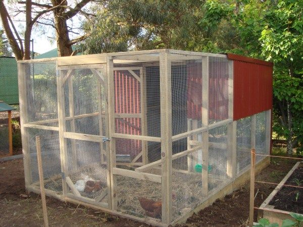 2 Tier Chookhouse with additional run at front designed ...