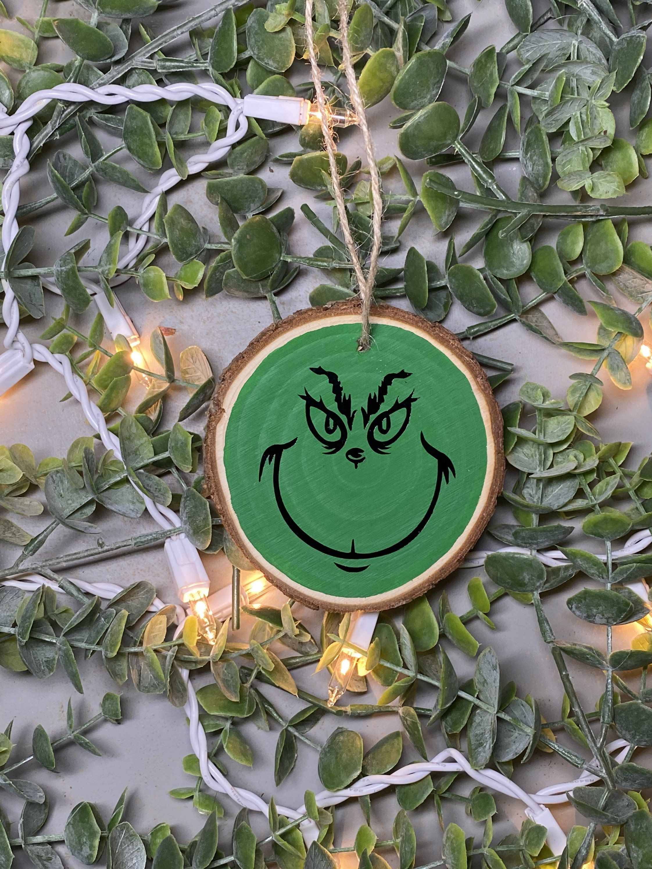 Grinch Wooden Ornament Wood Slice Ornament Grinch Farm Etsy Wood Christmas Ornaments Wooden Christmas Ornaments Wooden Ornaments Diy