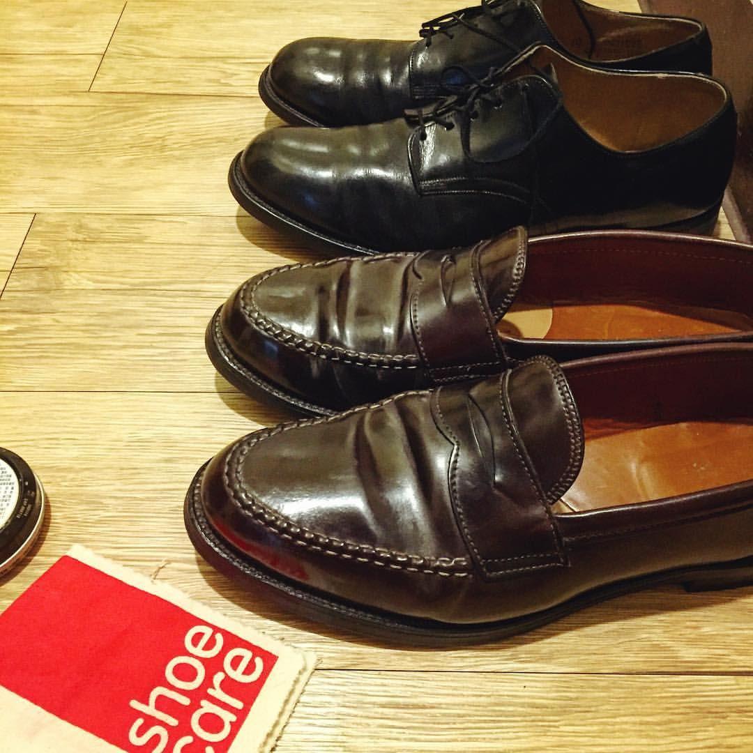 Shoe Care Day✨ 在皮革表面照鏡子真不容易。  #shoecare #alden #cordovan #loafers #shoes #leather #usnavy #serviceshoes #black