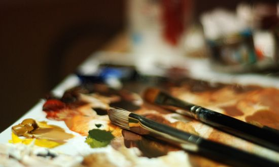 Can't afford art school but want to learn to draw and paint? This website has great instructional videos and text to hone those skills.