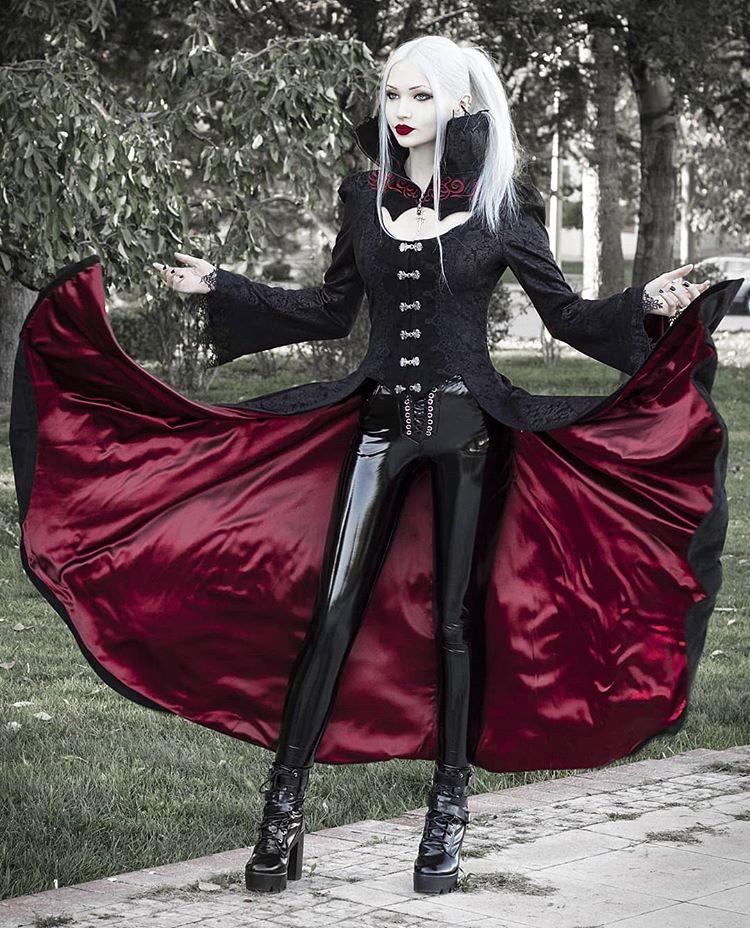 Pin de Dolomite en Beautiful Goth en 2020 Satanas