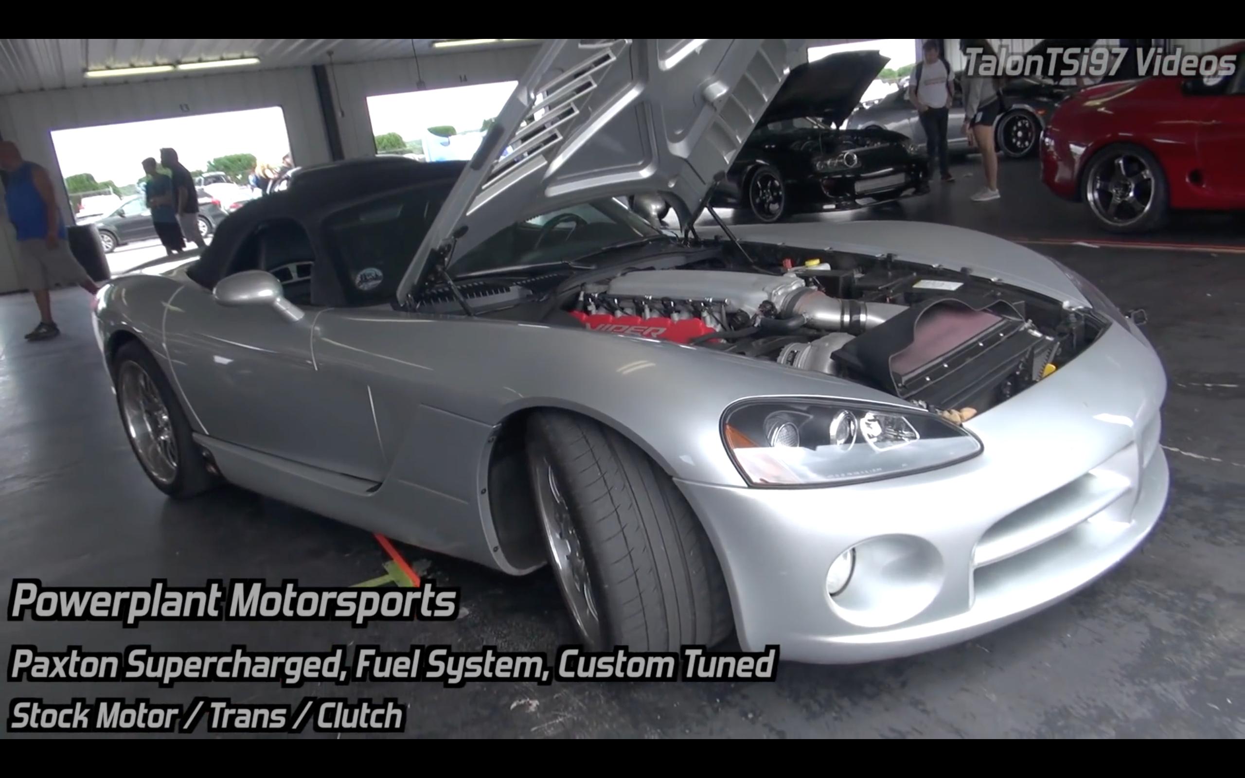 Video Blown Dodge Viper Srt 10 Vs The World Roll Dig Racing