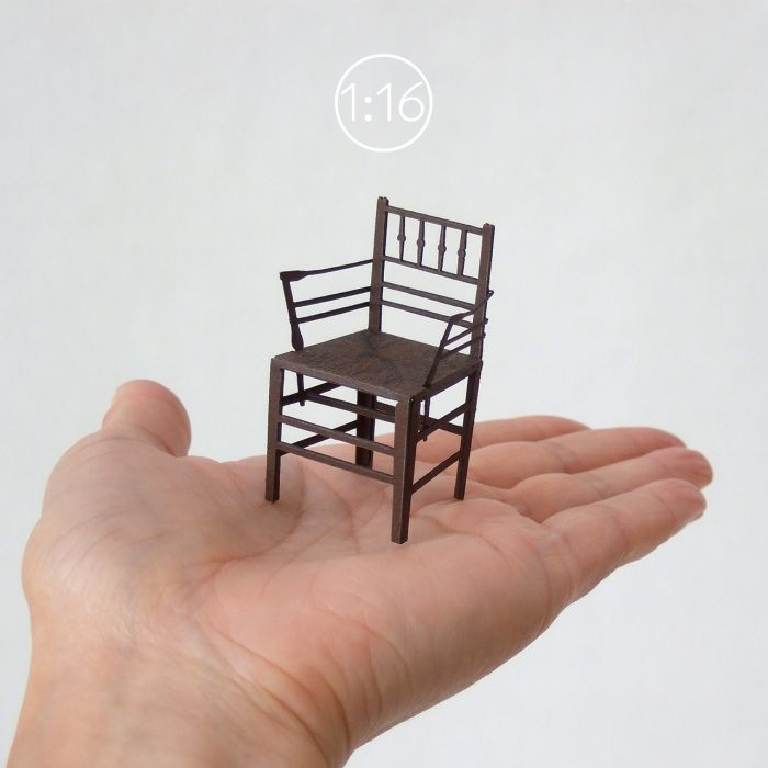 Newly released paper chair model in 1:16 scale - Sussex chair by Morris & Co., circa 1860.  新しく発売になった『1:16』シリーズの紙模型の椅子です。001はモリス商会から出たサセックスチェア、1860年頃。