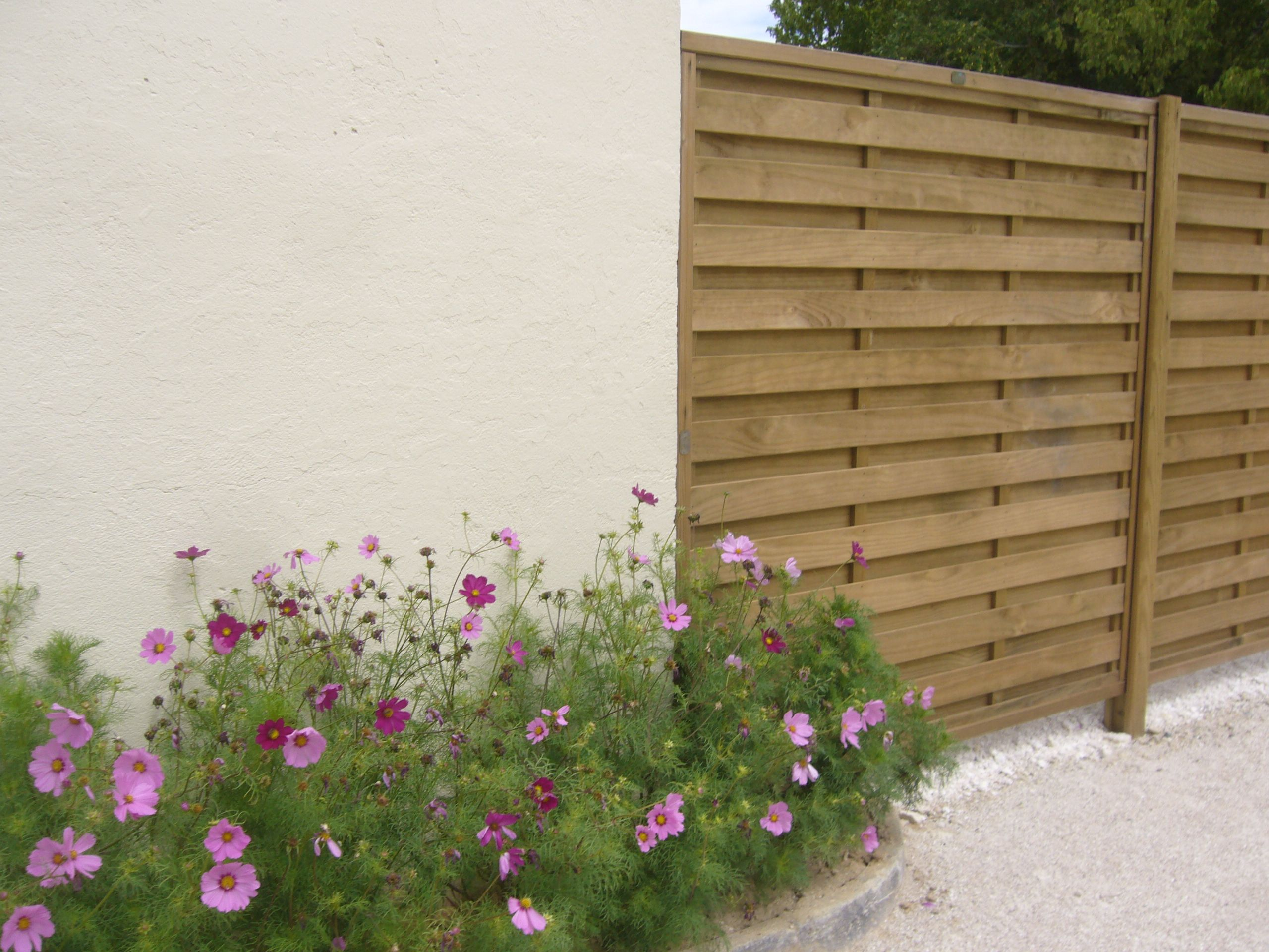 Jacksons horizontal hit and miss fence panels panels have a jacksons horizontal hit and miss fence panels panels have a profiled timber frame not baanklon Choice Image