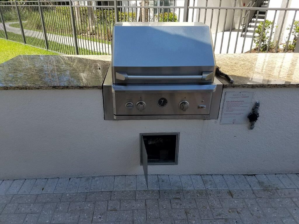 Outdoor Kitchen Remodel At Multifamily Complex By Eok Outdoor Kitchen Kitchen Remodel Remodel