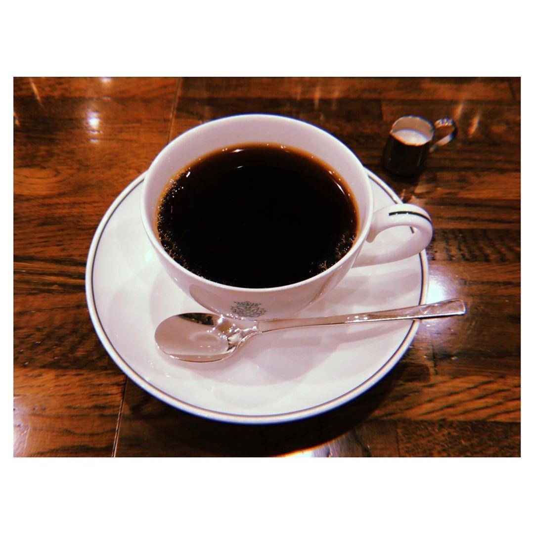 . 1年ぶりにカフェバッハに来た!激混みでも夜はまったり。バッハブレンドいただきました❤︎ . . . . . .