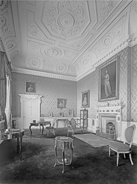 Wentworth Woodhouse Cliufford S Lodging Castles Interior House In The Woods