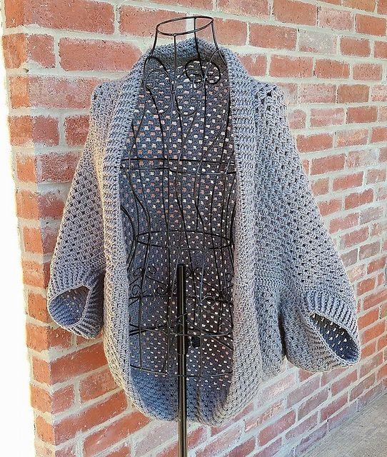 Simple Granny Shrug Sweater #shrugsweater