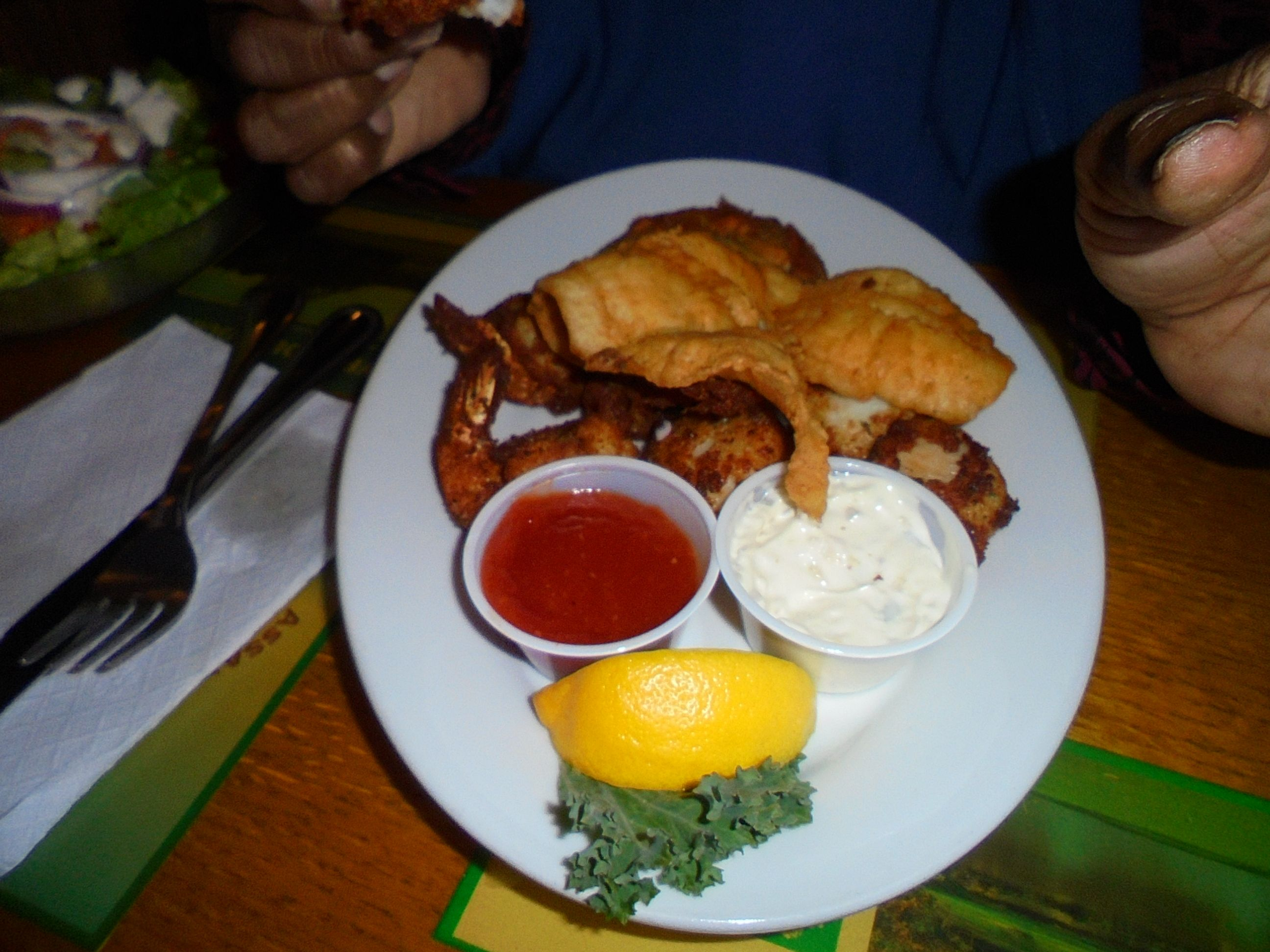 #FrontandCenter #version of #friedseafood #meal @ #JakesRehobothDelaware #RehobothBeach - http://www.drewrynewsnetwork.com